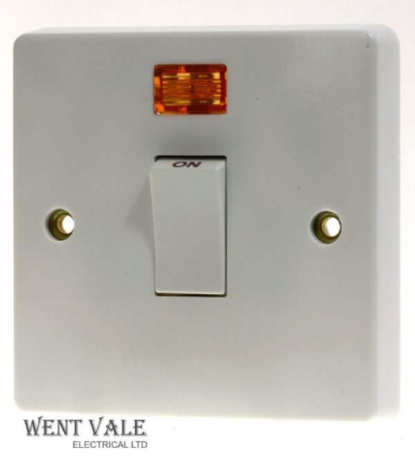 Crabtree Capital Series 4000 - 4013/3 - 32a D/Pole Switch + Flex Outlet + Neon